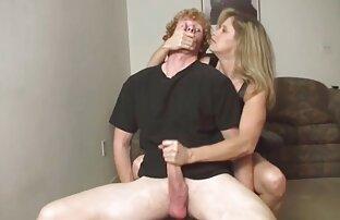 Babe rétro se masturbe avec un gode pournou filme